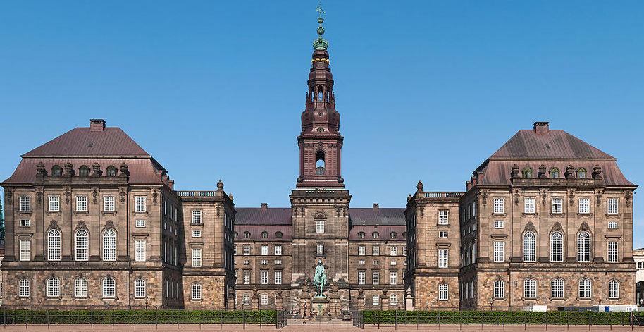 Christiansborg, Danmarks politiska centrum. © Julian Herzog