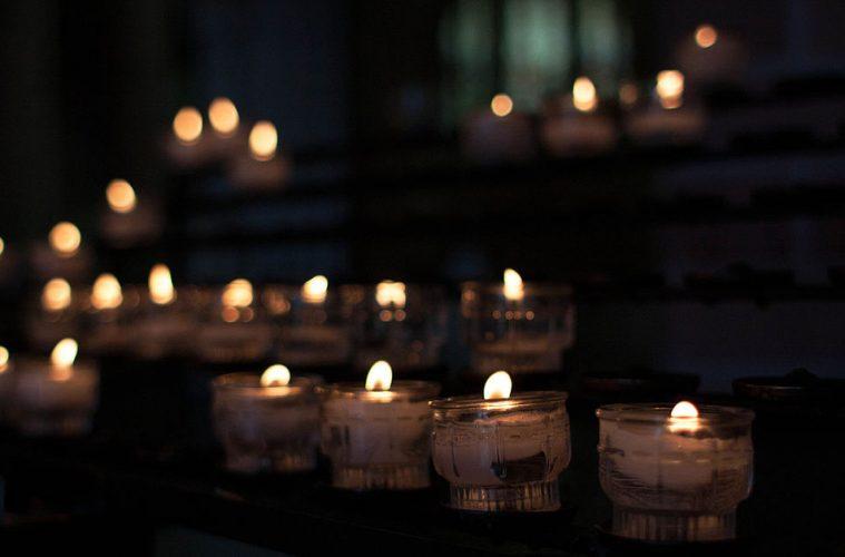 Ljusmanifestation mot sjalvmord