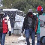Franske presidenten Francois Hollande tänker riva Calais-lägret som kallas Djungeln.