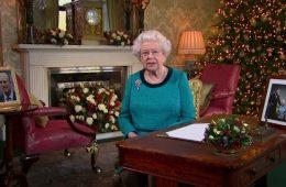 Drottning Elisabeth av Storbritanninen håller sitt jultal 2016