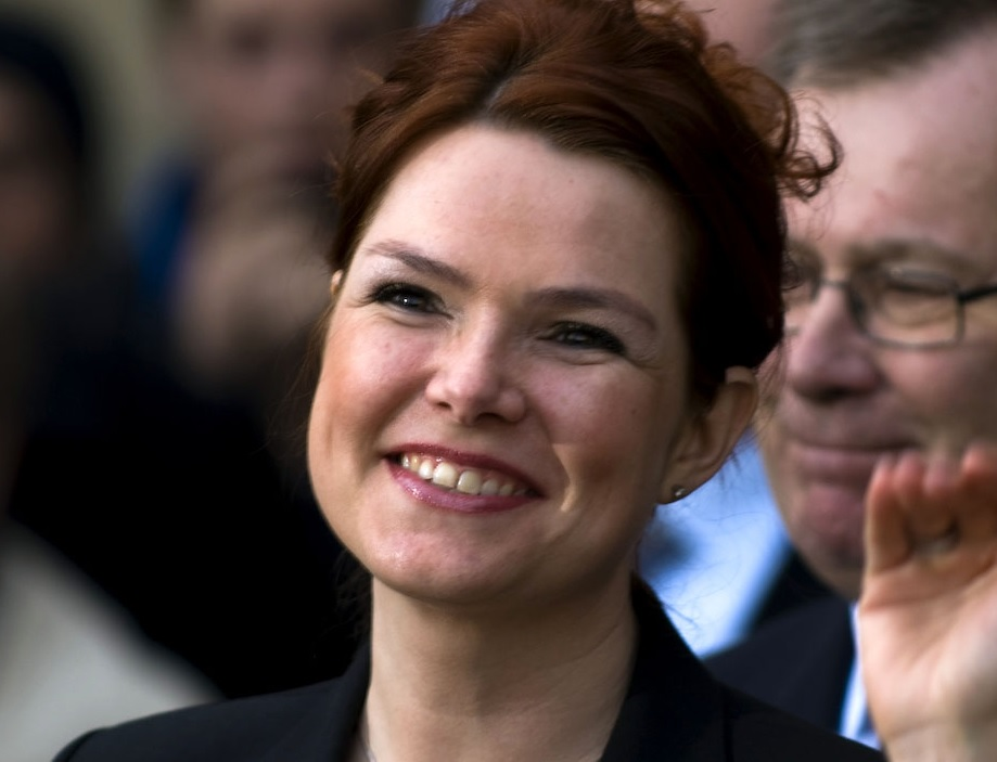 Dansk minister attackerad på asylboende - Samtiden