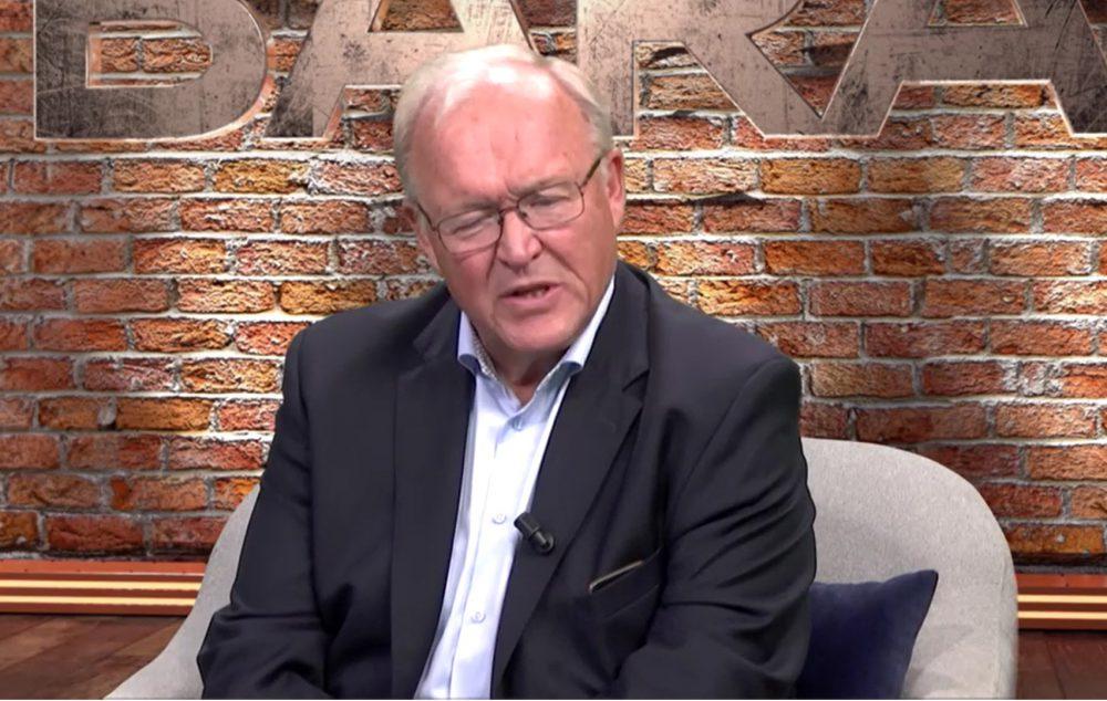 Persson och reinfelt duellerar 11 maj